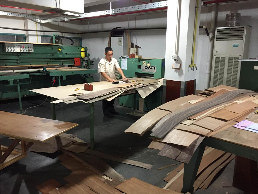 Decca Europe Veneer Types Craftsmanship