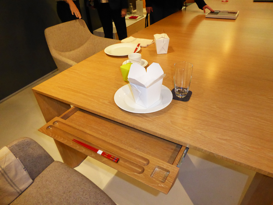 DETAIL // Ratio Conference Table designed by Brian Graham for Decca Contract
