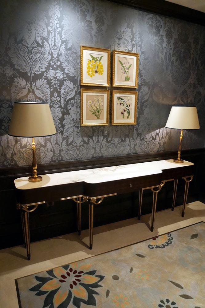 Lanesborough-club-spa-decca-london-luxury-furniture-lounge-console