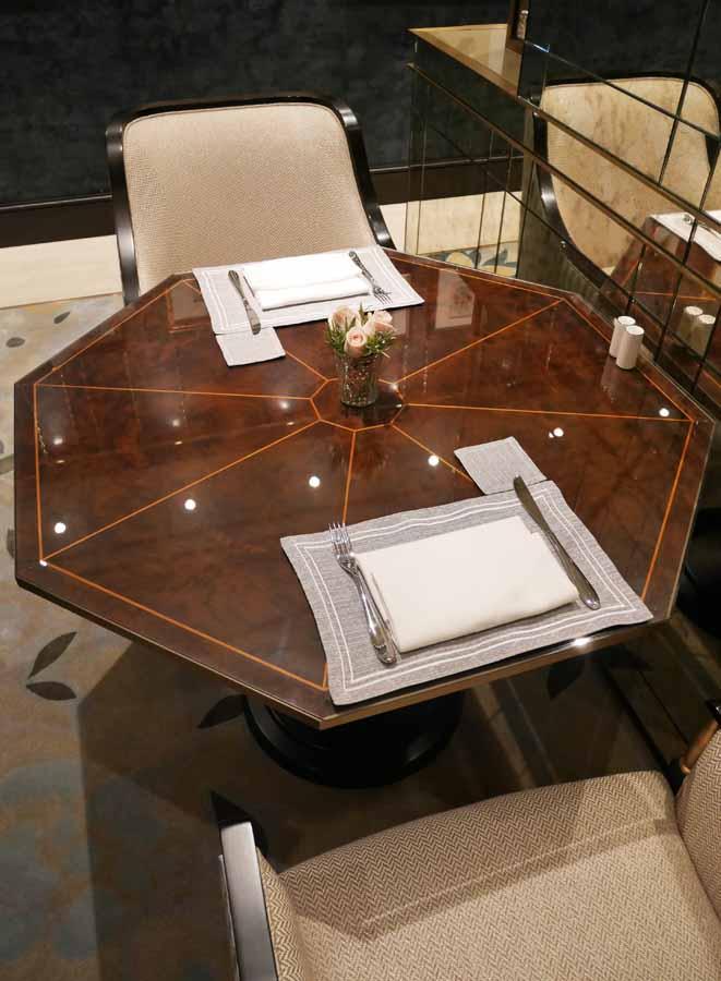 Lanesborough-club-spa-decca-london-luxury-furniture-lounge-dining-table