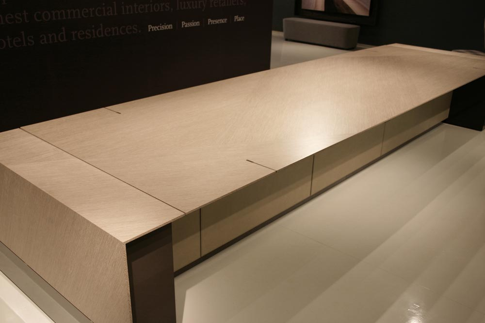 decca-london-motile-height-adjustable-conference-table-low