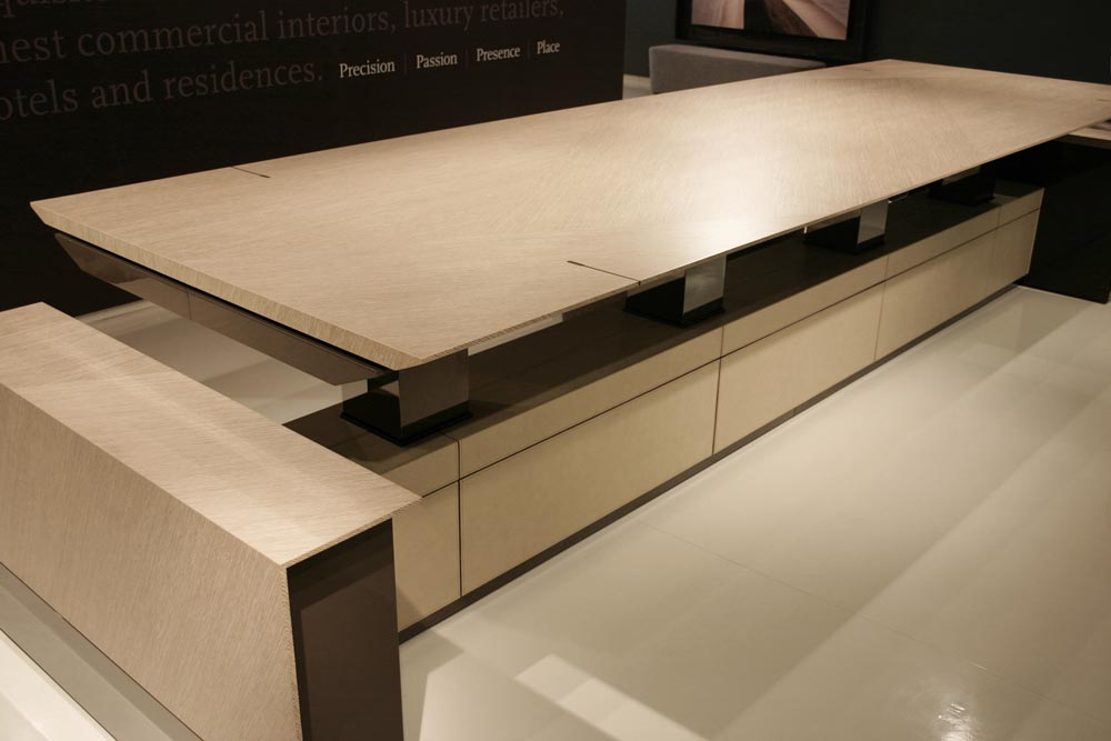 decca-london-motile-height-adjustable-conference-table-tall