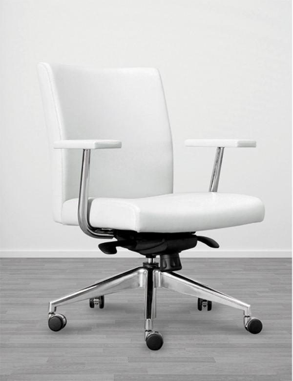 Syncro Chair designed by Brian Graham // Conference seating // Desk Chair