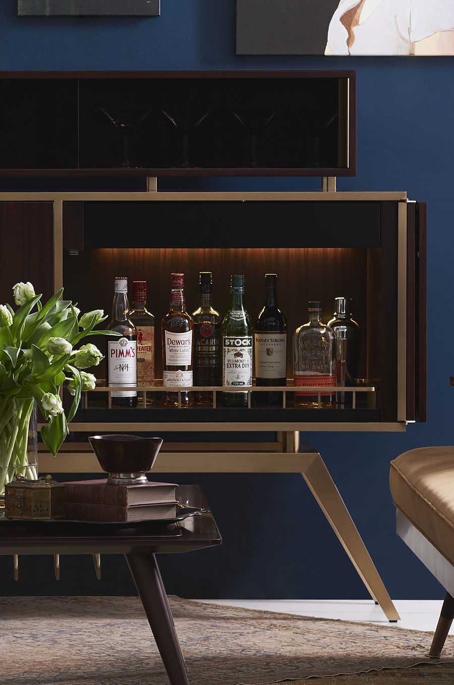 BF-13004RS_Hoxton Drink Cabinet with booze_The London Collection_Decca Home
