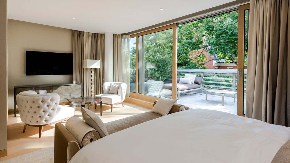 LUV Architecture private residence Kensington Master Bedroom (2)