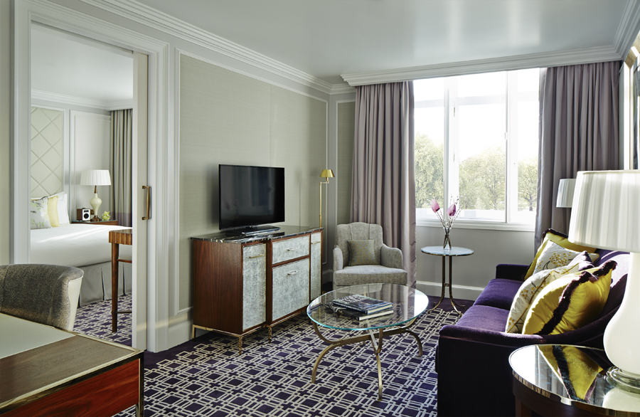 Marriott Park Lane Hotel luxurious guest room